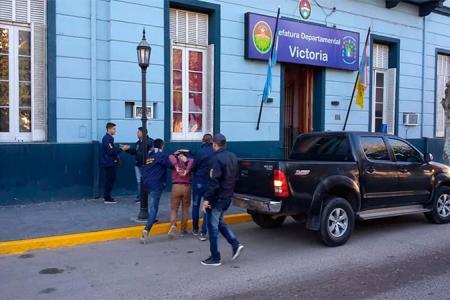 Detenidos en Victoria