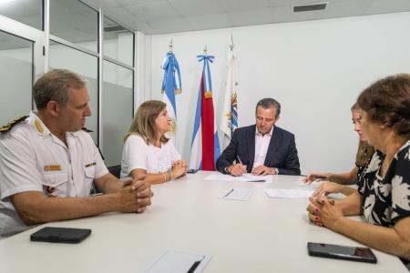Bahl, Romero, Maslein firman convenio