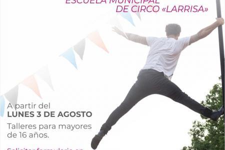 "Escuela Municipal de Circo ""Larrisa"""