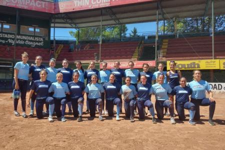 Softbol: con mayoría de paranaenses, la selección argentina femenina concentró en Paraná