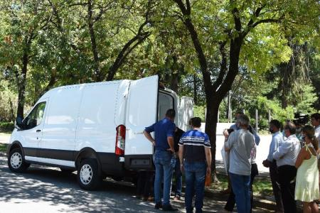 Crespo: presentaron la ambulancia comprada con el fondo de emergencia Covid-19