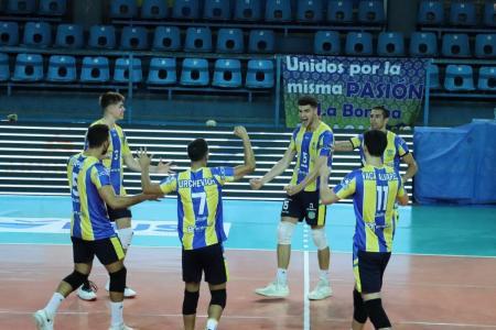 Liga de Vóleibol Argentina: Paracao logró una victoria categórica y sigue dando pelea
