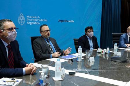 El gobierno nacional lanzó el trabajo para avanzar en el Acuerdo Económico y Social