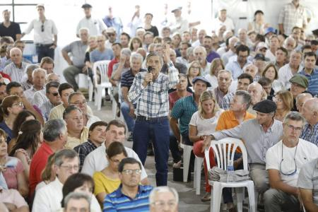 asamblea de productores en Pergamino