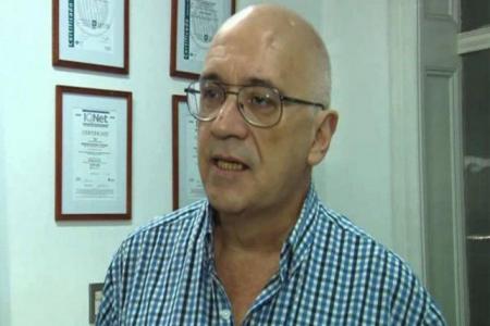 Piden desvincular de la UNR al académico denunciado por abusar de tres niñas entrerrianas