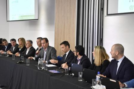 """Desarrollo de Salto Grande: Bordet afirmó que """"fortalecerá la integración binacional"""""""