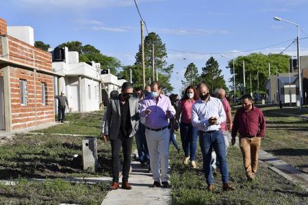 Bordet define más viviendas e infraestructura de servicios en zonas productivas