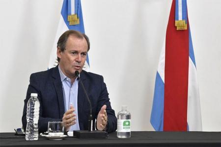 Imagen de archivo del gobernador Gustavo Bordet, quien puso de relieve la necesidad de ser responsables desde lo individual y lo colectivo en el marco de la nueva normalidad que impone la pandemia.