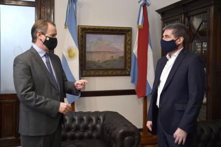 """El gobierno informó que """"más del 97% de los bonistas aceptaron la oferta de Entre Ríos"""""""