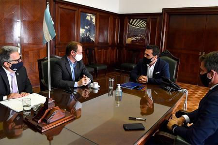 Bordet y Benedetto con Darío Martínez
