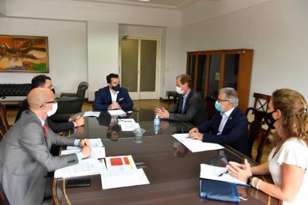 Bordet presentó una propuesta sobre la liquidación de los excedentes de Salto Grande