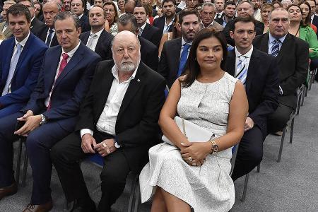 El ex gobernador Jorge Busti fue uno de los invitados especiales a la inauguración del 141° período de sesiones ordinarias de la Legislatura entrerriana.