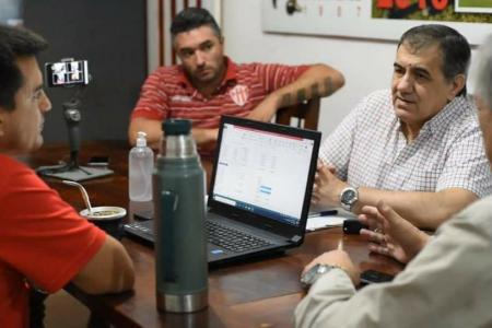 """""""Duele mucho la situación del fútbol en general"""", lamentó José Cáceres"""
