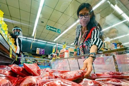 Desde el radicalismo cuestionaron la posible prohibición de exportar carne