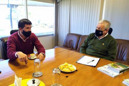Lauritto analizó la situación ambiental junto al intendente de Villa Paranacito