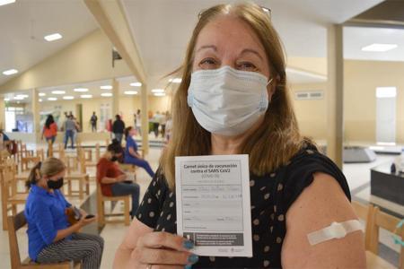El Gobierno busca que en agosto se complete lo más posible los esquemas de vacunación para mitigar el impacto de la variante Delta.