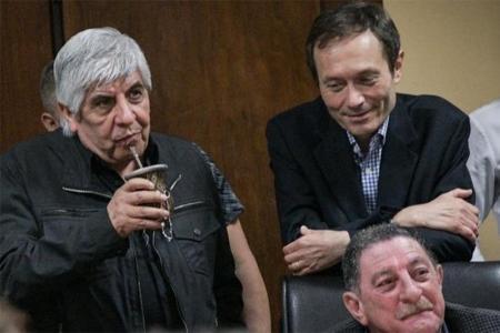 Moyano, Beliz y Viviani, hace ocho días en la CGT. (Crédito: Prensa CGT).