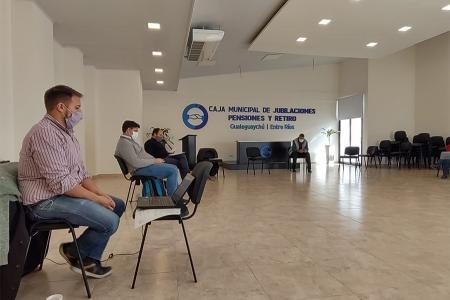 La reunión del COES de Gualeguaychú se hizo en el salón de la Caja de Jubilaciones Municipal.