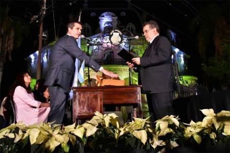 Enrique Cresto asumió su segundo mandato en la Municipalidad de Concordia, con la presencia del gobernador Gustavo Bordet y un saludo grabado del ex gobernador Sergio Urribarri.