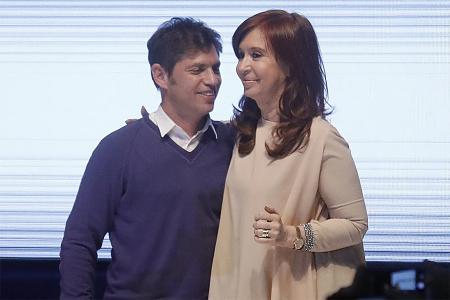 Fotografía de archivo de Axel Kicillof y Cristina Kirchner.