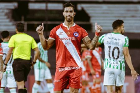Copa Libertadores: Argentinos Juniors venció a Atlético Nacional y sigue con puntaje ideal