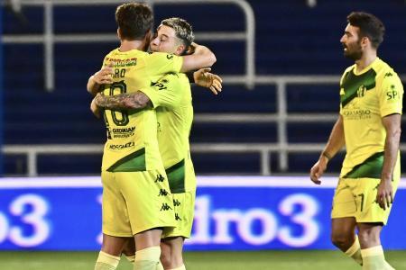 Aldosivi derrotó a Rosario Central y festejó por segunda vez en el torneo
