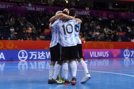 Mundial de Fustal: Argentina avanzó a octavos de final con un triunfo ante Serbia