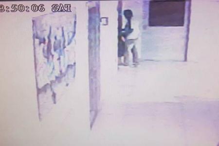 Uno de los ladrones, captado por las cámaras de seguridad de una de las clínicas asaltadas en Entre Ríos. (Fotografías del diario El Sol de Concordia).