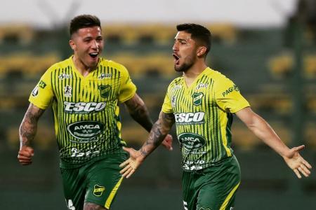 Defensa y Justicia goleó en su vuelta y logró su primer triunfo en la Copa Libertadores
