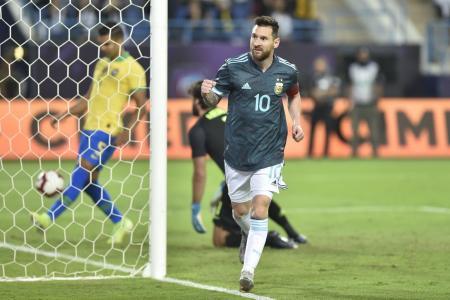 En su vuelta a la selección, Messi le dio el triunfo a la Argentina frente a Brasil