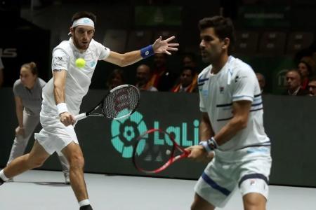 Mayer y González perdieron en dobles y terminó la ilusión argentina en la nueva Copa Davis