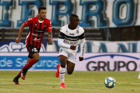 Patronato sufrió un duro revés ante Gimnasia en el regreso oficial del fútbol argentino