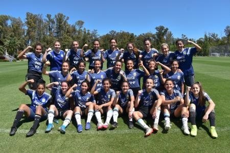 Fùtbol: la crespense Agostina Holzheier inició otra semana con la preselección argentina