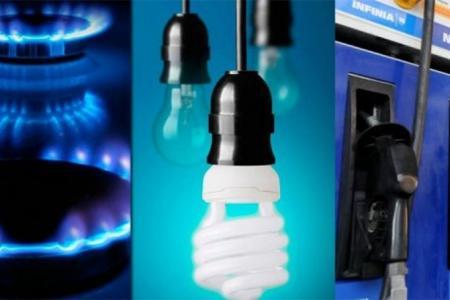 Las tarifas de luz y gas y el precio de los combustibles no aumentarán hasta fin de año, aseguró el secretario de Energía.