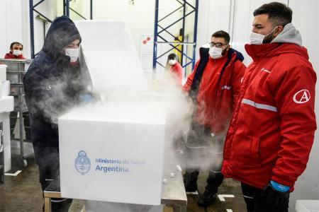A Entre Ríos llegarán mañana 24.400 dosis de las vacunas aportadas por el mecanismo Covax, de acuerdo a la relación de población de cada distrito.