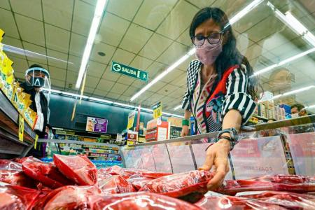 Paula Español, controlando los precios de la carne
