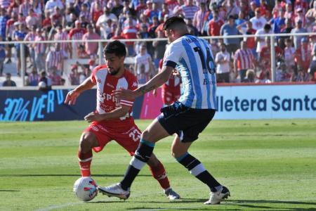 Fútbol: Unión y Racing repartieron puntos en el 15 de Abril