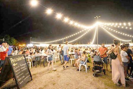 Concejales de la oposición exigen al Ejecutivo Municipal de Gualeguaychú conocer el balance económico de la IV Fiesta del Pescado y el Vino.
