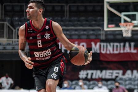 "Básquet: Luciano ""Chuzito"" González fue goleador en su debut con Flamengo"