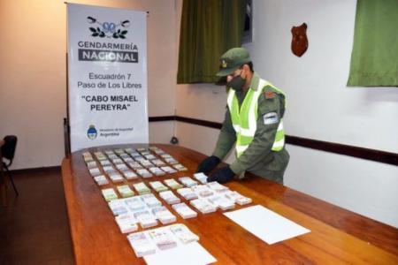 Incautaron algo más de $1.200.000 de dos camiones que viajaban hacia Paraná