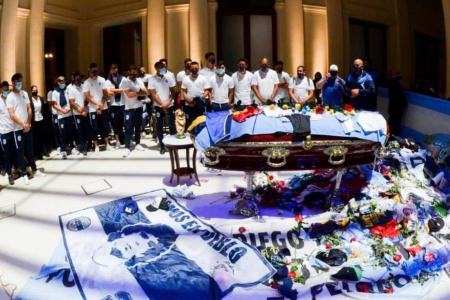 Con presencia entrerriana, el plantel de Gimnasia La Plata despidió a su DT
