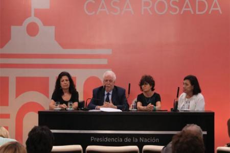 Ginés González García anunció el protocolo de aborto no punible