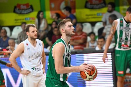 """""""Mi prioridad hoy es el básquet, pero el tiempo alcanza para ir avanzando"""", contó Grun"""