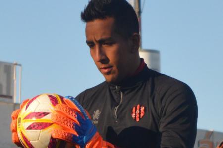 Sin continuidad en Racing, Matías Ibáñez negocia su salida para volver a Patronato