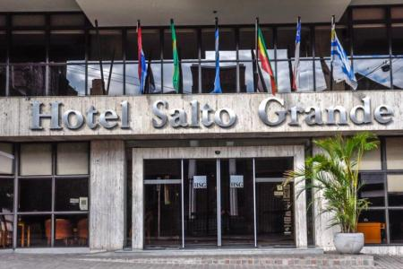 Cierra sus puertas uno de los hoteles históricos de la costa del Uruguay