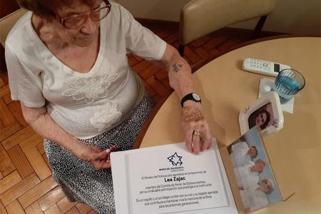 Lea Zajak Novera, una sobreviviente de la maquinaria del horror de la Alemania nazi.