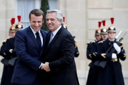 El encuentro de Alberto Fernández y Emmanuel Macron en París.