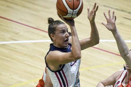 Quimsa ganó con otra actuación descomunal de la entrerriana Celia Fiorotto