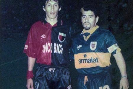 """""""Se nos fue el ídolo más grande del fútbol argentino y mundial"""", destacó Víctor Müller"""