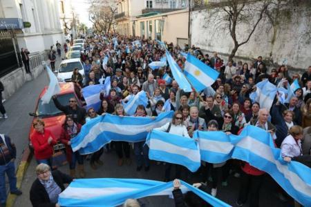Marcha a favor del gobierno Concordia